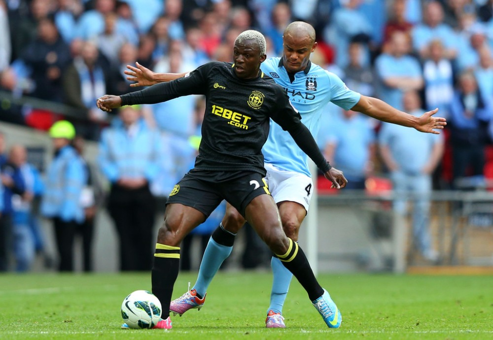 Arouna+Kone+Manchester+City+v+Wigan+Athletic+dQfTe9S2xrWx