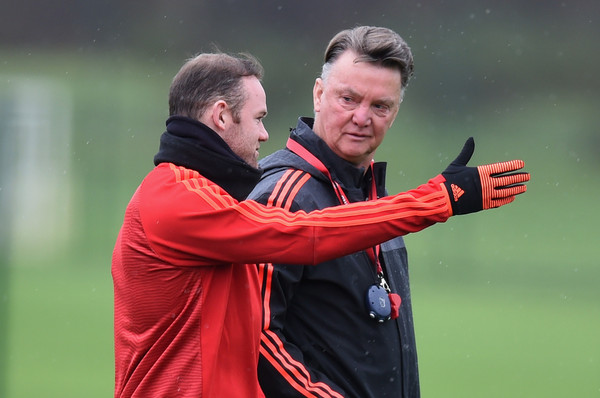 Louis+van+Gaal+Manchester+United+Training+TnK5CEPZ74jl